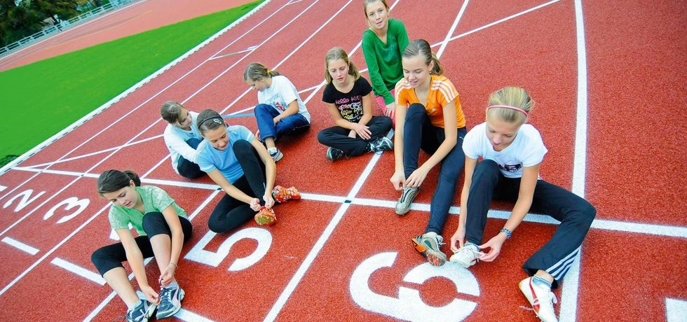 Sportující mládež - ilustrační foto (Zdroj: ČTK)