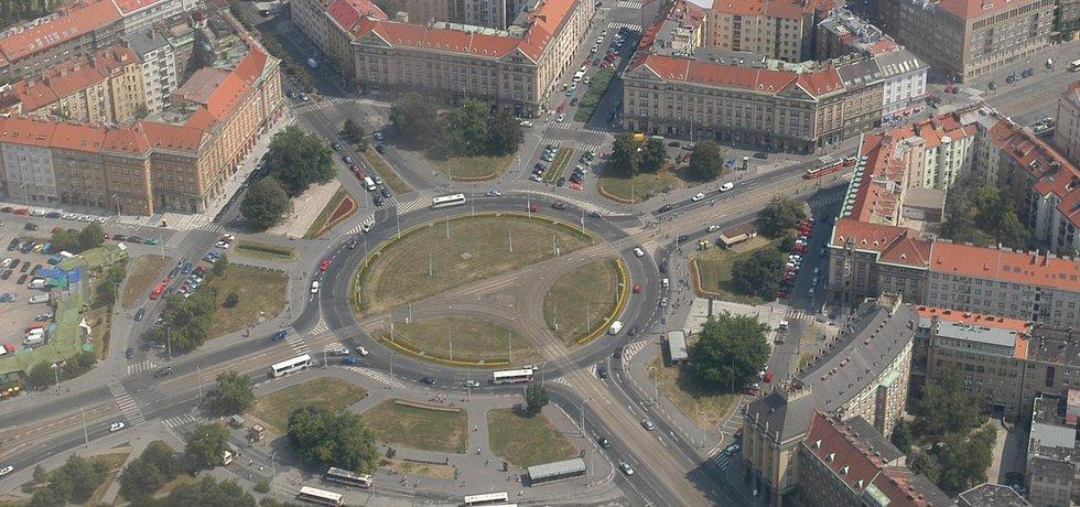 Vítězné náměstí v pražských Dejvicích