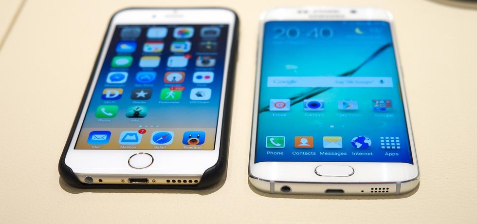 Samsung Galaxy S6 (Autor: Kārlis Dambrāns, CC BY 2.0, Flickr)