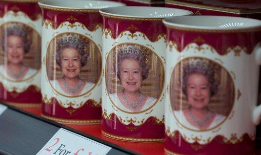 Královna Alžběta II. je na britském trůnu už 60 let