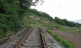 Železničáři připravují obnovu zasypané trati přes České středohoří
