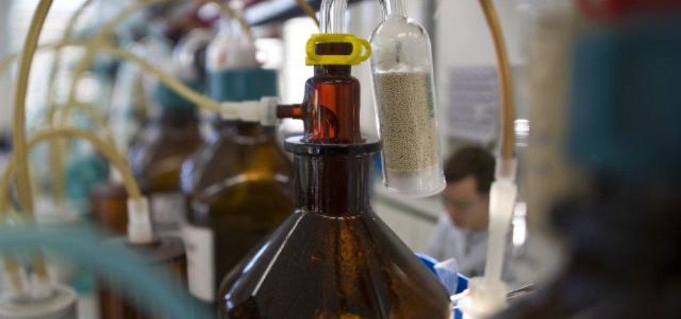 Chemický průmysl (ilustrační foto)
