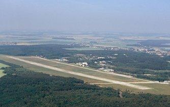 Vojenské letiště Plzeň - Líně