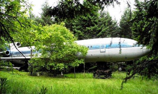 Boeing 727 slouží jako dům