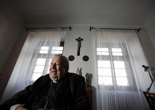 arcibiskup Otčenášek