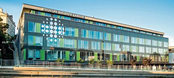 Srovnání aktivity a počtu pacientů evropských protonových center