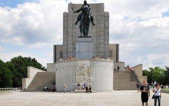 I letošní oslavy svátku české státnosti (28. října) začínají na Národním památníku na Vítkově.
