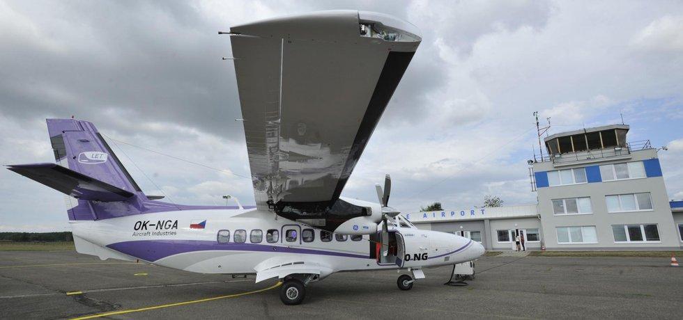 Společnosti Aircraft Industries představila 15. července novinářům na letišti v Kunovicích na Uherskohradiťsku nový letoun L-410 NG.