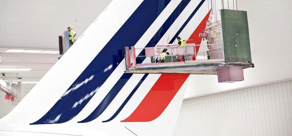 Údržba kormidla letadla Air France