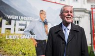 Plakátový boj: Rakouské strany se spojily proti kandidátovi Svobodných
