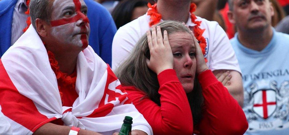 Zklamaní angličtí fanoušci. Přijdou o možnost podporovat fotbalisty na domácím mistrovství světa?