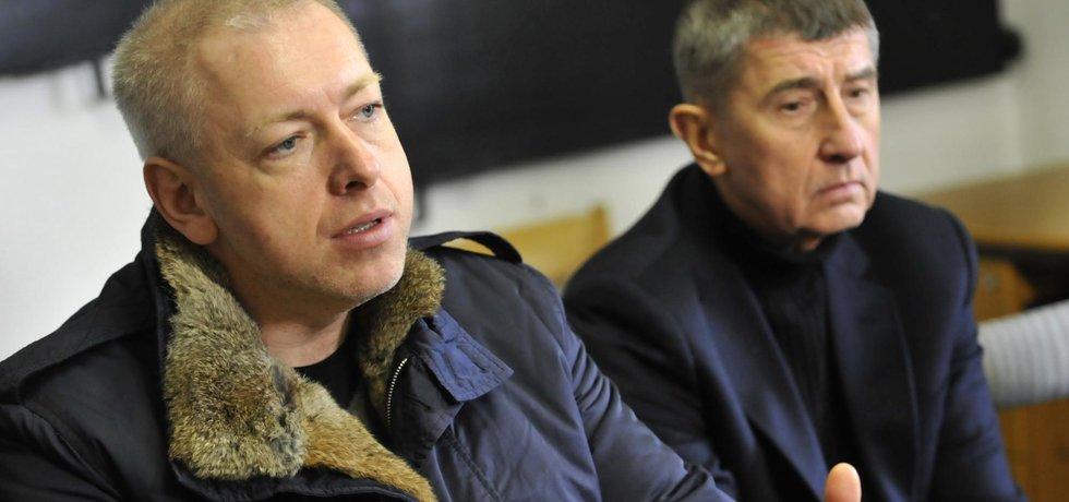 Ministři Andrej Babiš (ANO) a Milan Chovanec (ČSSD)