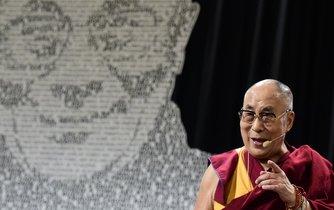 14. dalajláma na setkání v Praze