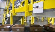 Distribuční centrum Amazon v Tracy v Kalifornii.
