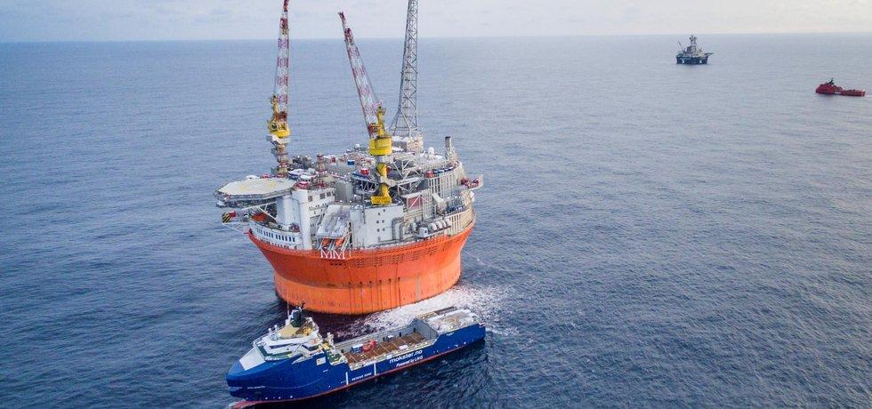 Ropná plošina Goliat v Barentsově moři