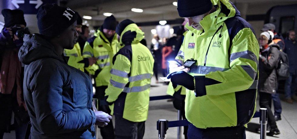 Pasová kontrola na nádraží v Kodani