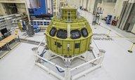 NASA postupně skládá nový modul Orion pro misi k Měsíci