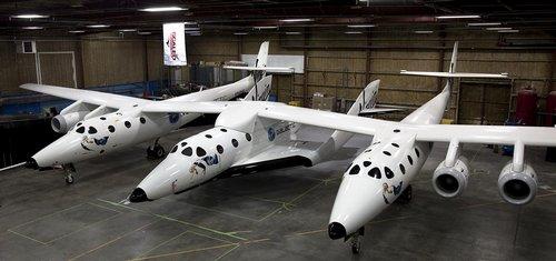 Špatný týden pro vesmírné lety: loď SpaceShipTwo při testování havarovala