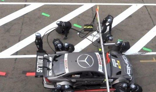 Nehoda v boxech při tréninku na závod DTM