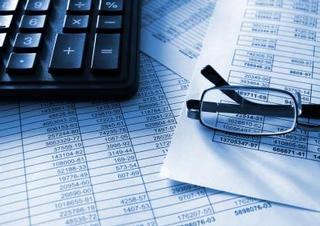 daně, peníze, kalkulačka