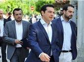 """Evropa čeká, s čím po řeckém """"NE"""" Tsipras přijde, Varufakis odstoupil"""