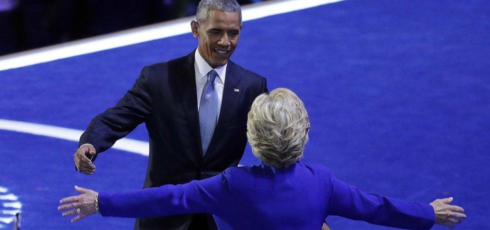 Barack Obama a Hillary Clintonová na sjezdu Demokratické strany (Zdroj: čtk)