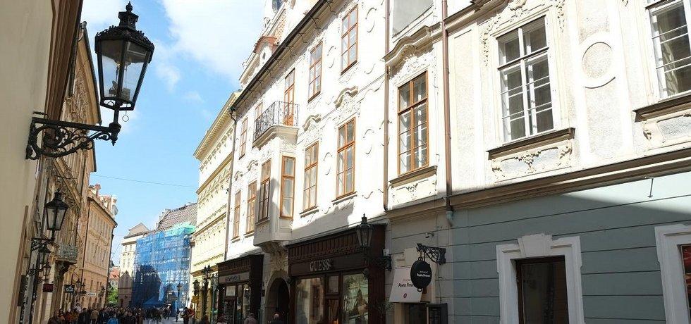 Druhý nejužší dům v Praze
