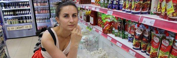 Eva Malá: Rusové pašují zakázaná jídla, chybějí hlavně dobré sýry