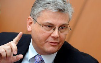 Lídrem ČSSD do podzimních komunálních voleb bude ředitel motolské nemocnice a zastupitel Miloslav Ludvík (na archivním snímku z 28. února 2012), Vybrala ho 12. června krajská nominační konference strany.