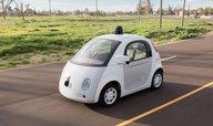 Velký krok pro samořízená Google auta: můžou splňovat definici řidiče