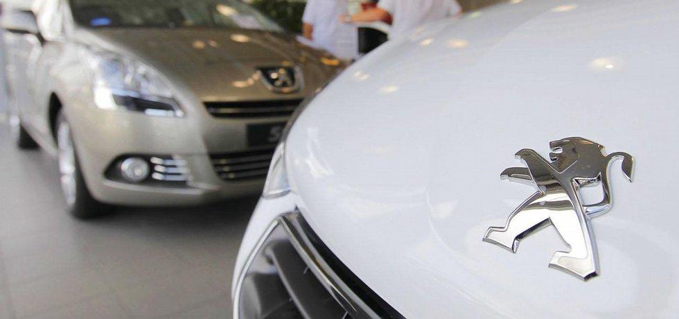Peugeot Citroën hlásí za únor meziměsíční propad prodeje 15,5 procenta