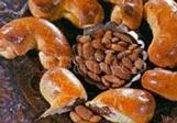 Plněné rohlíky - mandlové nebo ořechové