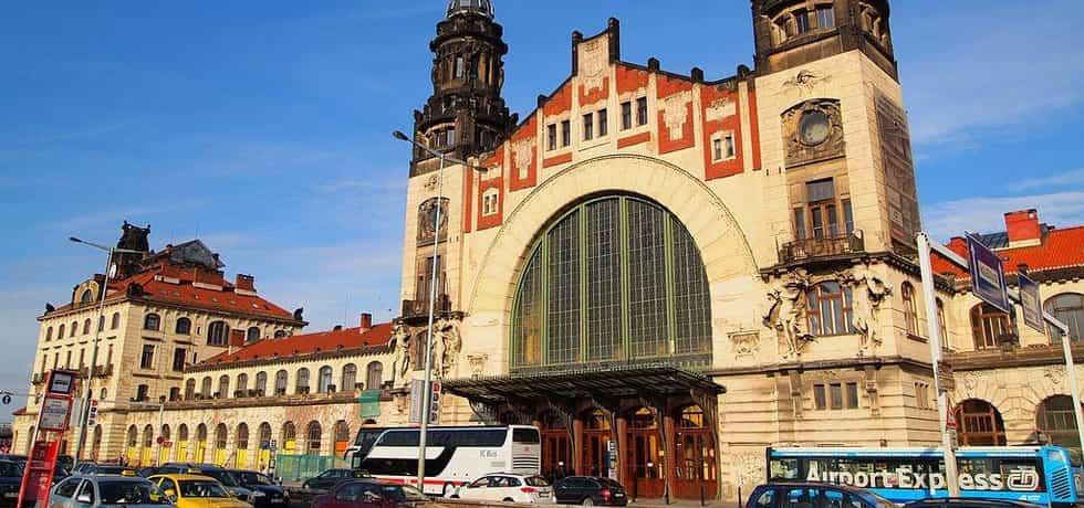 Pražské hlavní nádraží - Fantova budova