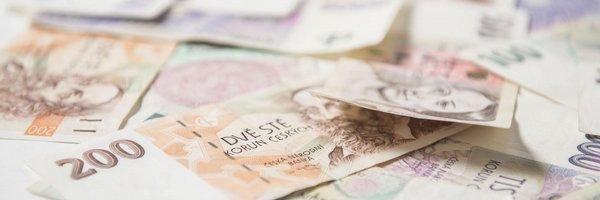 ČNB: Veřejné finance budou příští rok v přebytku