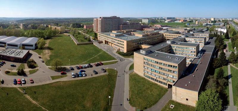 Ostravské fakultní nemocnici je právě sto let