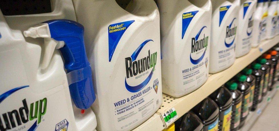 Round Up - herbicid obsahující glyfosát