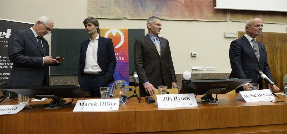 Prezidentští kandidáti Jiří Drahoš, Marek Hilšer, Jiří Hynek a Michal Horáček