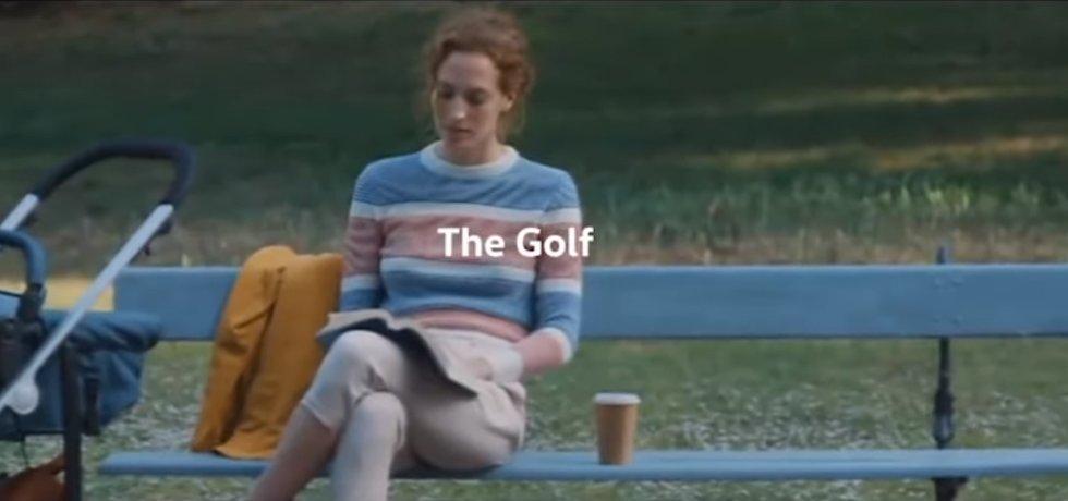Reklama na VW Golf zakázaná v Británii kvůli stereotypnímu zobrazení rolí.