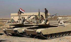 Irácké jednotky během ofenzívy, jejímž cílem byl obnovení kontroly nad městem Mosul