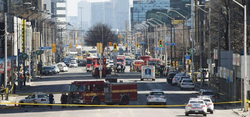 Řidič dodávky v Torontu zabil 10 lidí