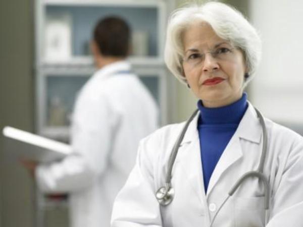 lékařka, lékaři