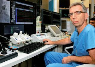 csc., Doc. MUDr. Petr Neužil, FESC