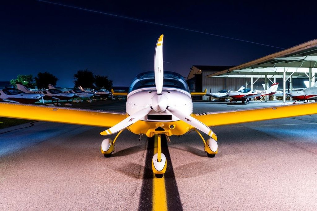 Základem nabídky CSA jsou lehké sportovní dvoumístné letouny