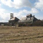 Cínovec: budova starého závodu na zpracování cínovecké rudy zbouraná v roce 2011