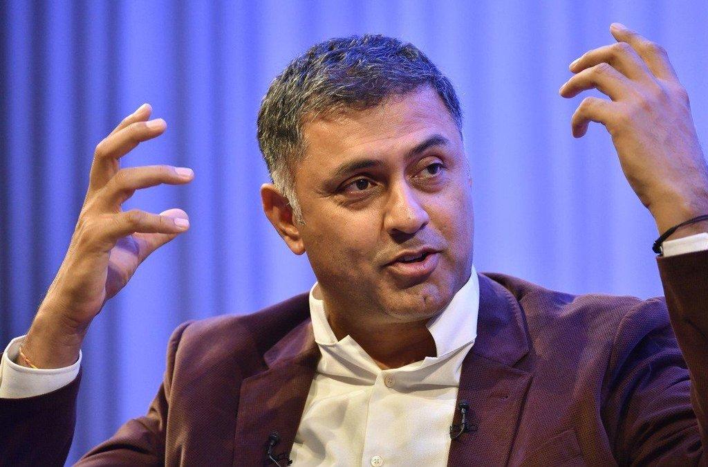 2. Nikesh Arora (Palo Alto Networks; 128 milionů dolarů) Prezident a výkonný ředitel společnosti Palo Alto Networks, která se zabývá počítačovou bezpečností, je na vysoké odměny zvyklý. V roce 2012 byl nejlépe placeným manažerem ve společnosti Google.