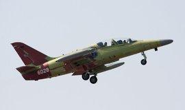 První z letounů L-159 T2