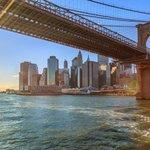Brooklynský most, spojující Manhattan a Brooklyn