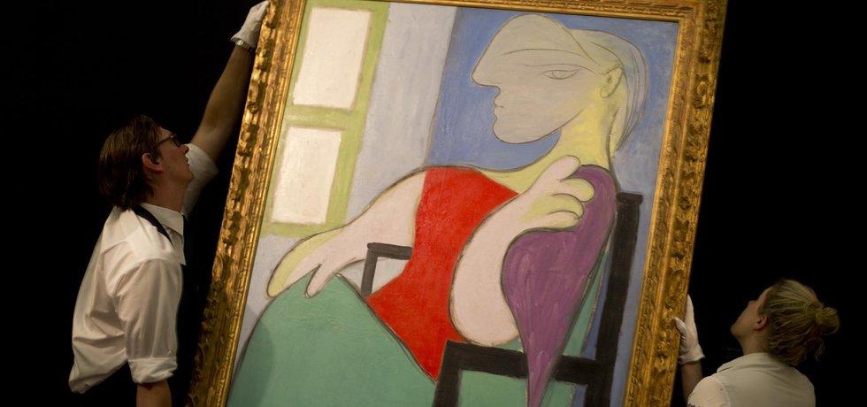 Obraz Pabla Picassa s názvem Sedící žena u okna (Zdroj: ČTK)