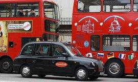 Londýnská dopravní zácpa. Ilustrační foto.