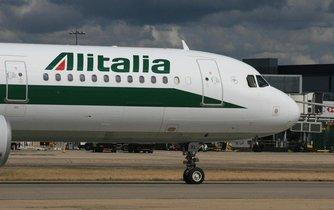 Letoun zkrachovalé italské společnosti